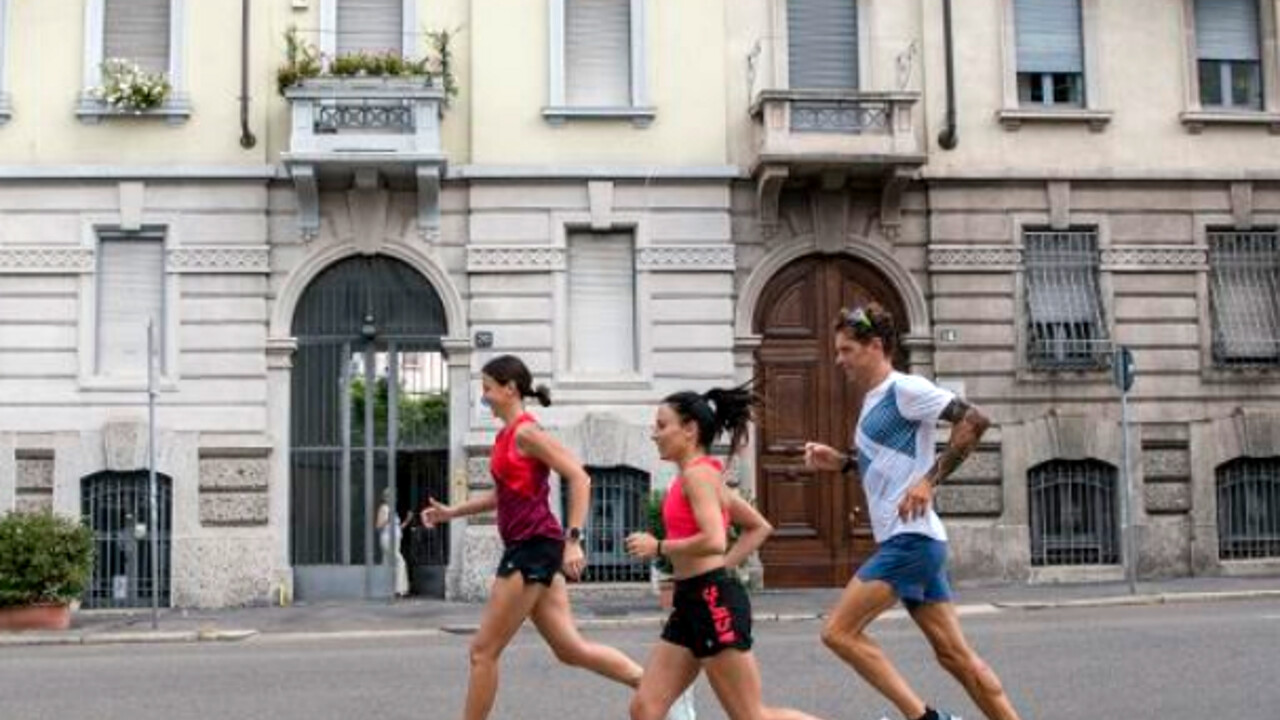 """Race 5 or 10 kilometers Saturday at Parco Sempione: """"Free your mind, make Milan move"""" by Asics thumbnail"""