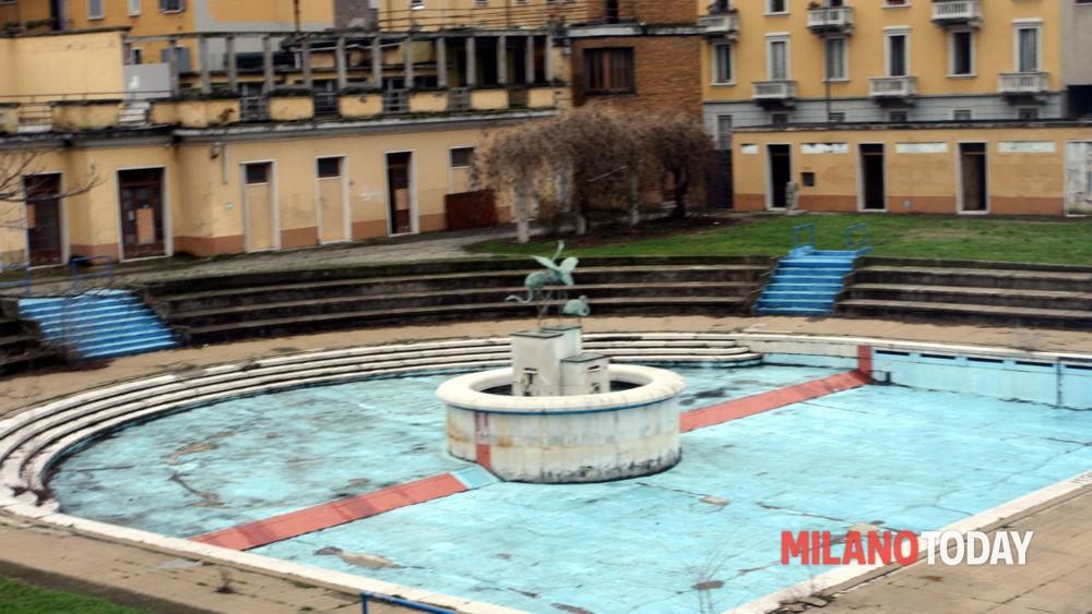 Compleanno del franco parenti melley milanotoday for Piscina bollate