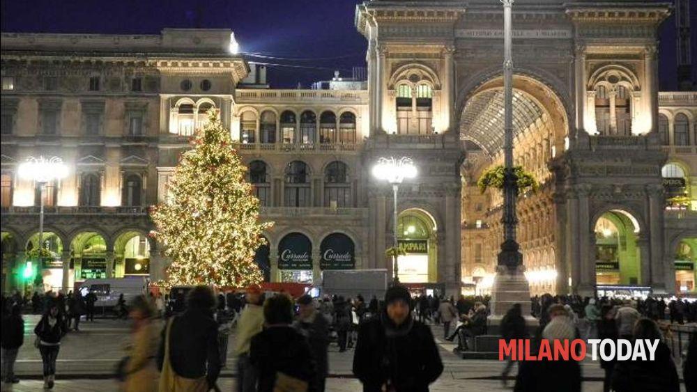Mercatini di natale in duomo dal 9 dicembre al 6 gennaio for Mercatini a milano oggi
