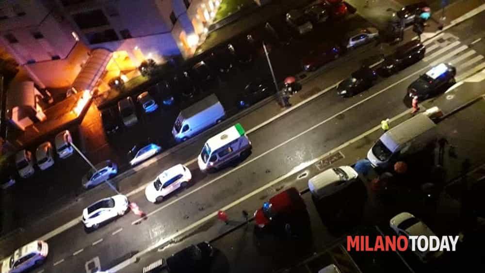 Milano, mega incendio in una palazzina in via Della Torre: evacuate circa 50 persone. Foto - MilanoToday