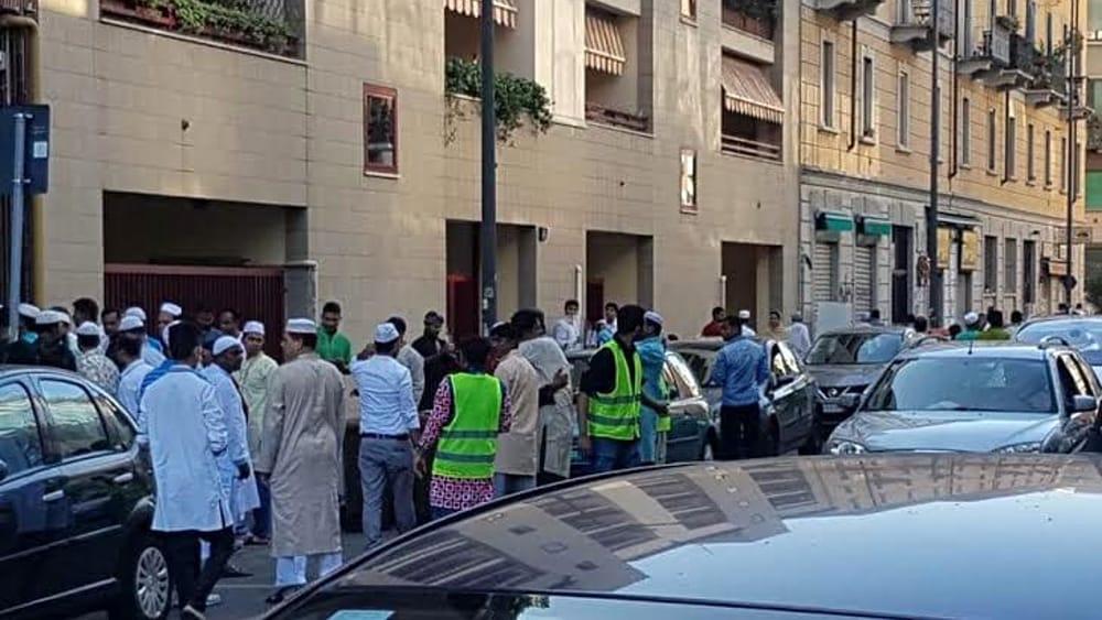 Risultati immagini per moschea via cavalcanti milano