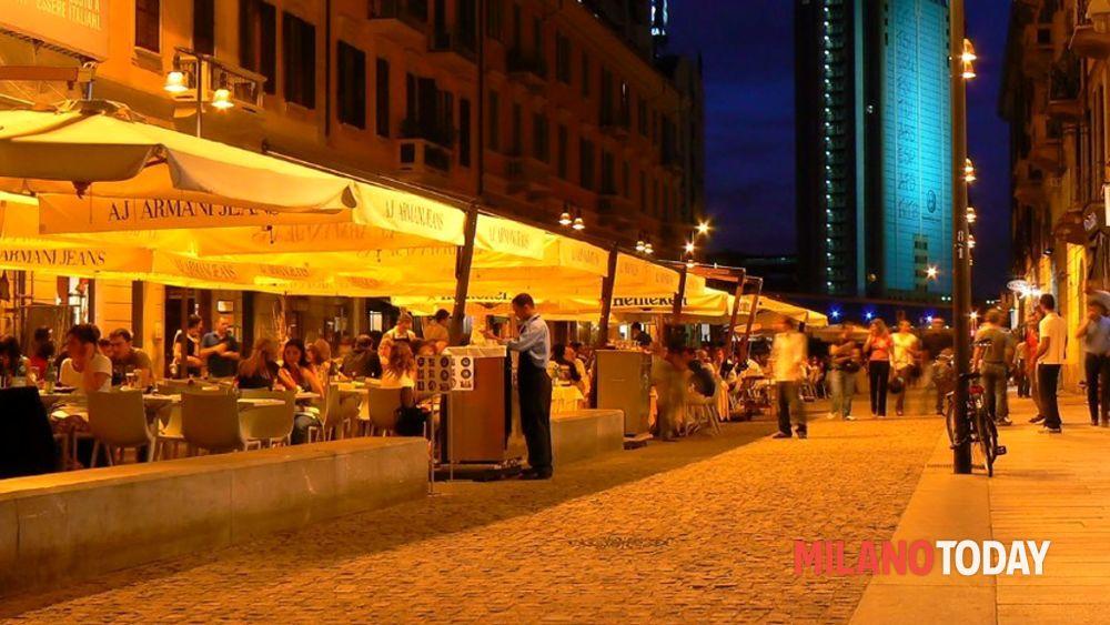 Milano rapinato in corso como giovane inglese insegue e for Corso stilista milano