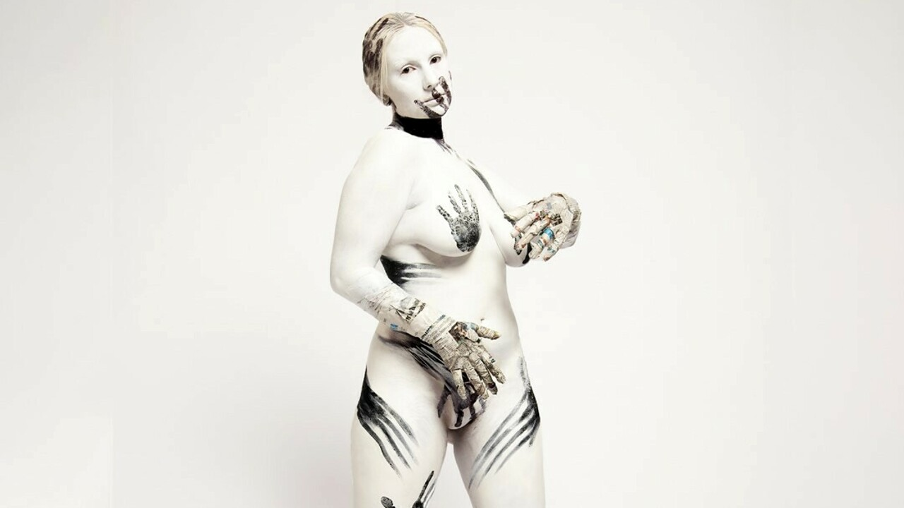 Body painting draws the rebirth after the lock down.  The photo exhibition of the MBA students thumbnail