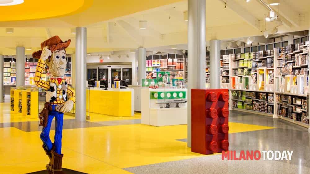 a milano il lego store pi grande d 39 italia in corso
