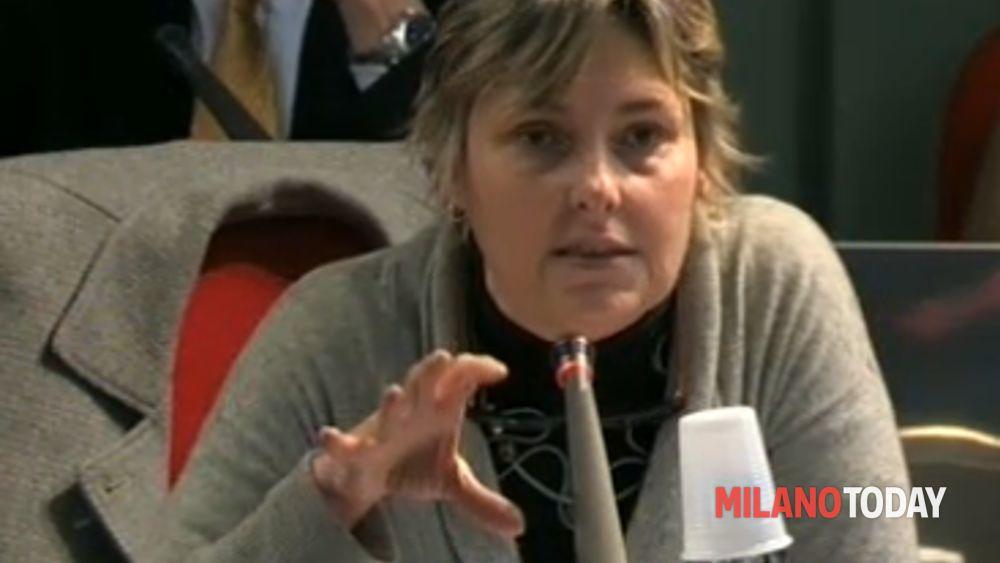Campo rom nomadi cinisello katia arredamenti polemica for Katia arredamenti