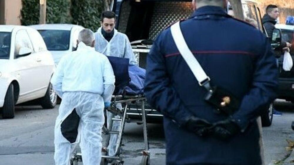Milano, uomo trovato morto per strada: si indaga