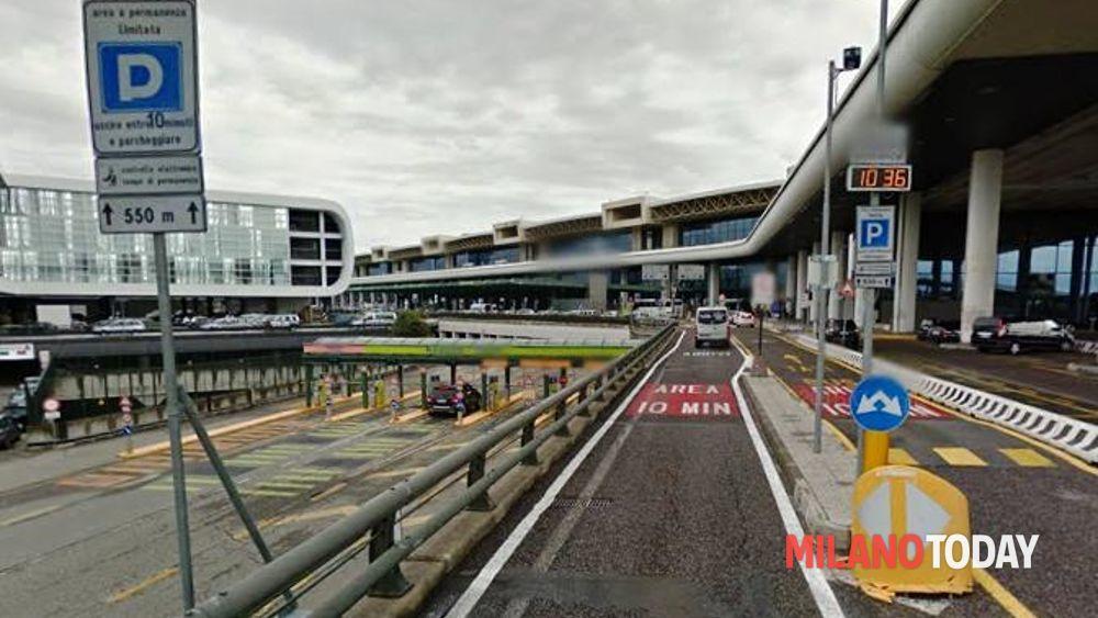 Malpensa usavano le auto dei clienti parcheggiatori nei guai - Porta garibaldi malpensa terminal 2 ...