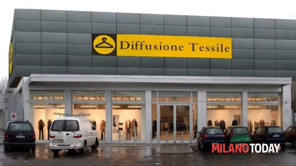 the best attitude ddcdf ee2f8 Diffusione tessile outlet, sconti e prezzi ribassati su capi ...