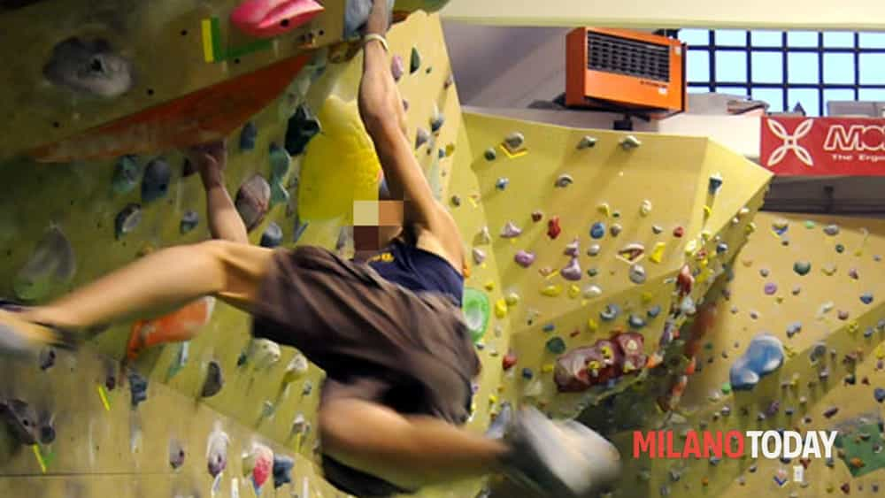 Scalare Pareti Milano : Urban wall milano climbing factory