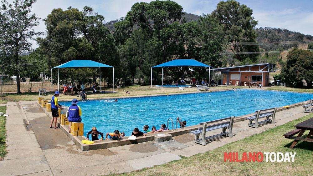 Bambina salvata da annegamento in piscina a milano for Piscina lainate